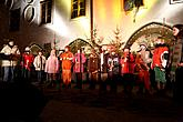 3rd Advent Sunday - Joint singing at the Christmas Tree, Advent and Christmas in Český Krumlov 2010, photo by: Lubor Mrázek