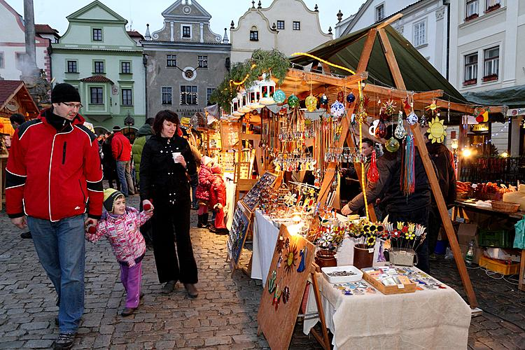 3rd Advent Sunday - Post Office of Baby Jesus at Golden Angel Arrival of the White Lady, Český Krumlov, 11.12.2011