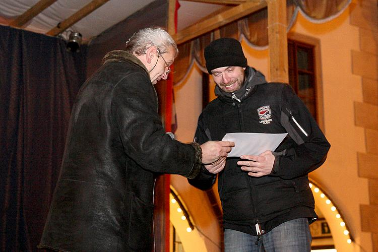 Disclosure of the Advent Market Patron, 1.12.2012