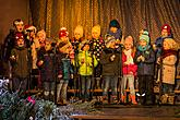 Singing Together at the Christmas Tree, 3rd Advent Sunday 11.12.2016, photo by: Lubor Mrázek